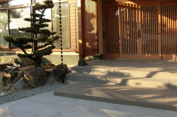和風の玄関1