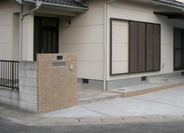 エクステリアリフォームプラン 駐車スペースの確保 Before・After 岩出市1