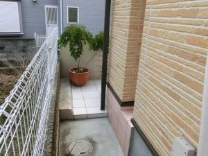アプローチ改修工事 樹脂舗装からタイル貼りへ 紀の川市 5