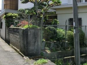 塀の傾き改修工事 境界コンクリートブロック積み 岩出市 2
