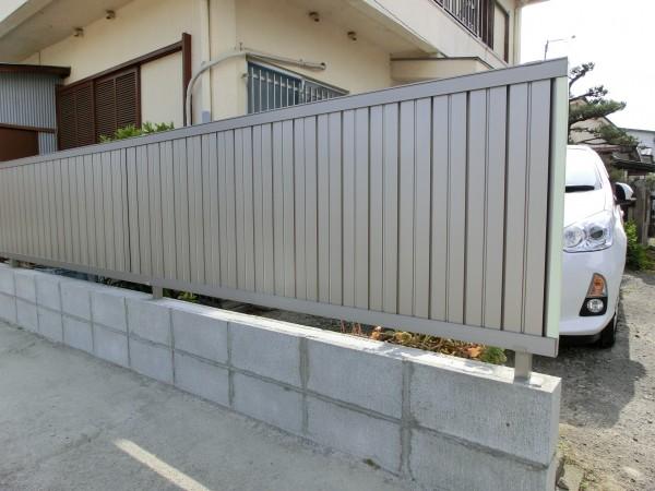境界塀の傾き改修工事 LIXIL セレビューR6型フェンス 和歌山市 4