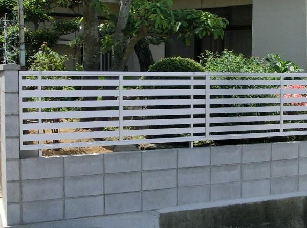塀の傾き改修工事 境界コンクリートブロック積み 岩出市 7
