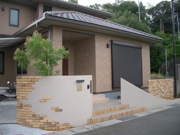 レンガと塗り壁のスクリーン 紀美野町4
