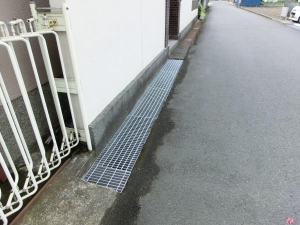溝蓋交換のススメ コンクリート製からグレーチングへ2