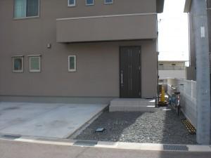 オープン外構 スタンプコンクリートのアプローチ 岩出市2