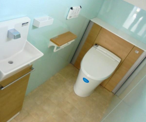 トイレ リフォーム工事 LIXIL リフォレI型 和歌山市1