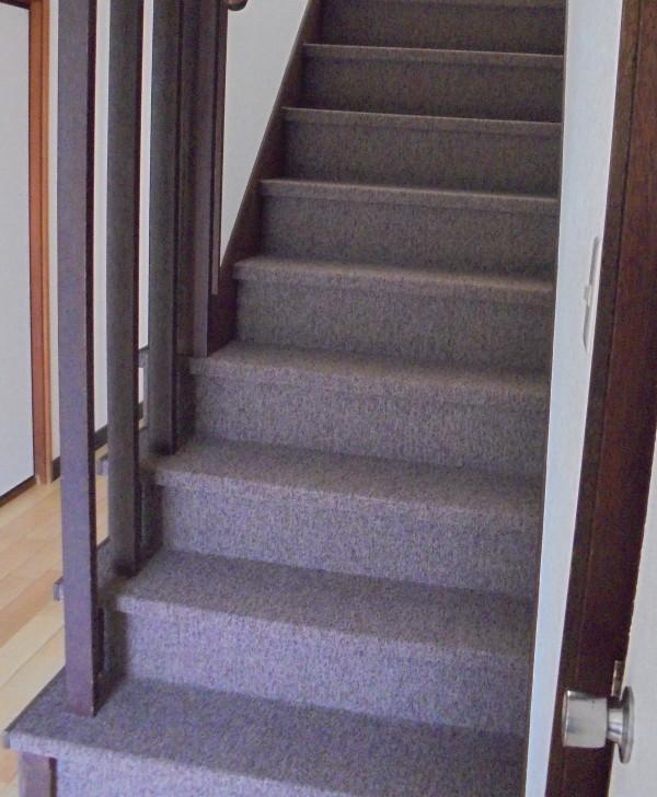 階段リフォーム カーペット張替え 和歌山市1