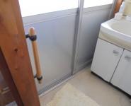 風呂 ドアのパネル交換 和歌山市