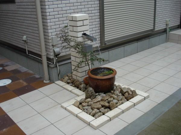 循環式の水栓柱 メダカを飼って、癒しの空間 岩出市1