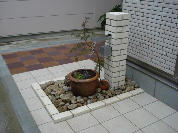 循環式の水栓柱 メダカを飼って、癒しの空間 岩出市4