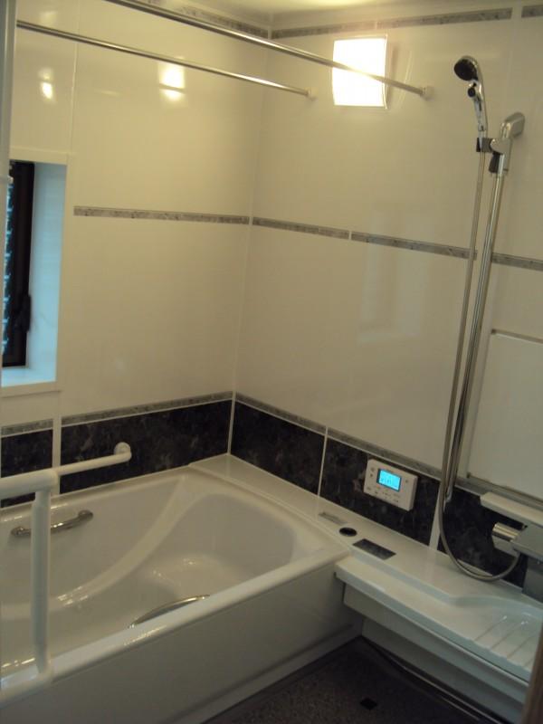 バスルーム・トイレ設置工事 岩出市1