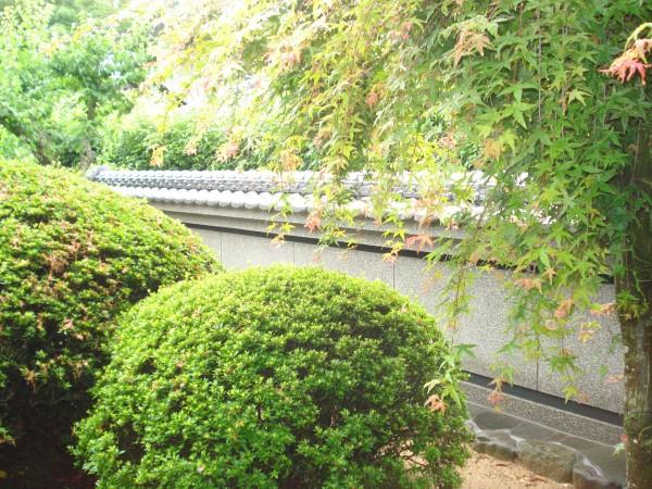 和風庭園の目隠し塀 本葺き塀瓦 紀の川市7