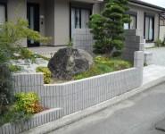 植栽:槙・もみじ・ヒイラギナンテン・お多福南天 紀の川市