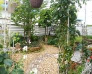 素敵なお庭に合うフェンス フレイナY1型 シルキーノーチェ 岩出市